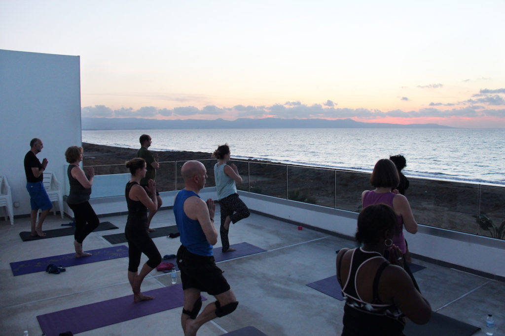 yoga-class-sunset-retreat